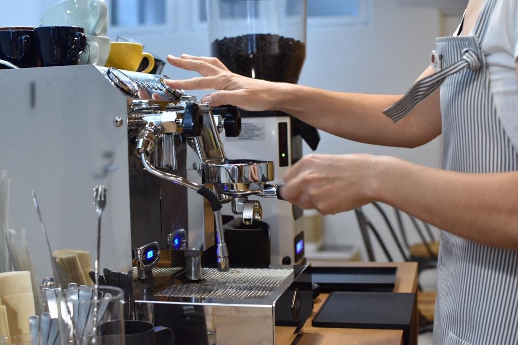 Coffee & Latterart - 初心者からプロまで誰でも通えるコーヒー教室